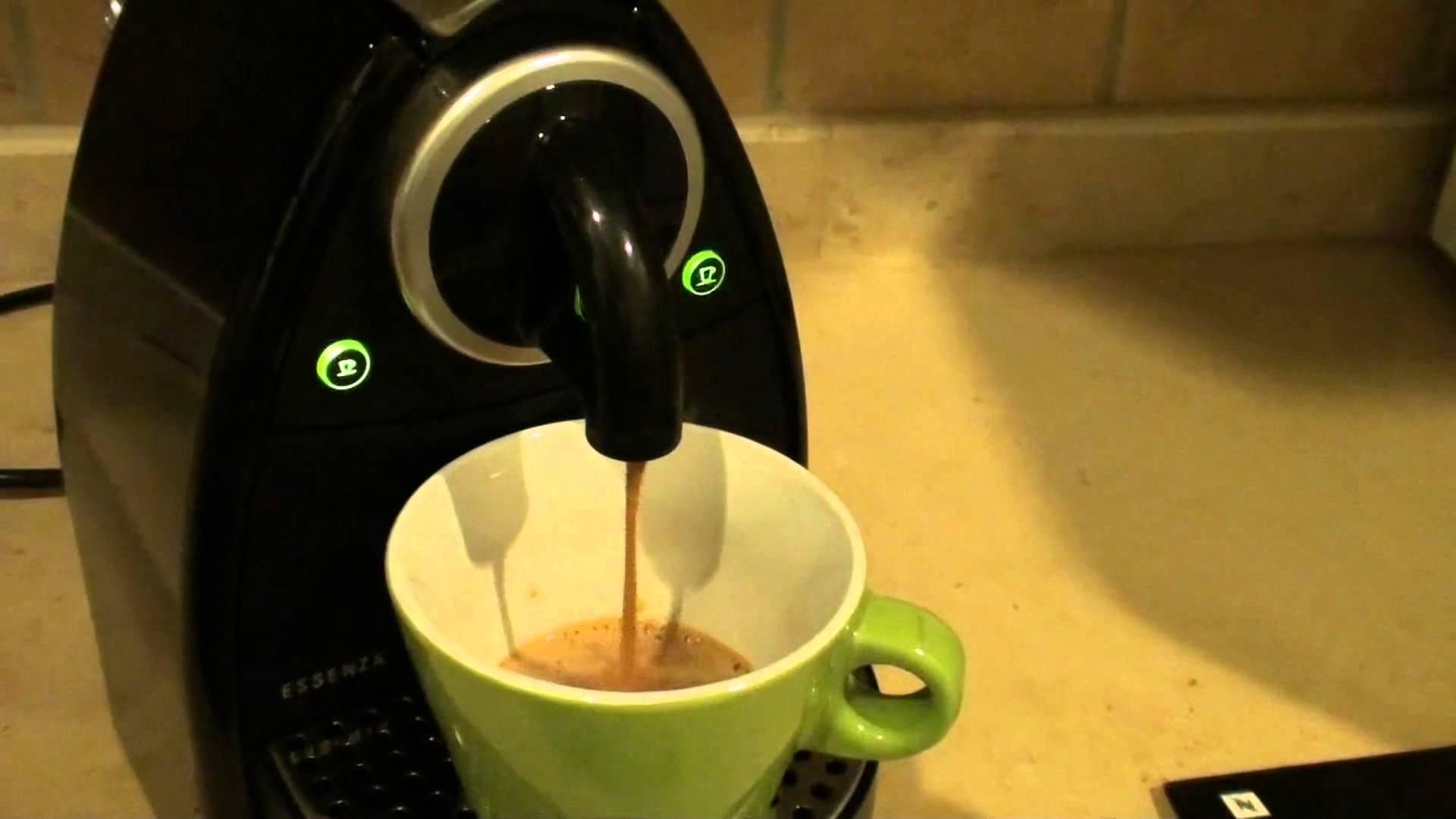 حذاري: آلة صنع القهوة عبارة عن مستعمرات للبكتيريا
