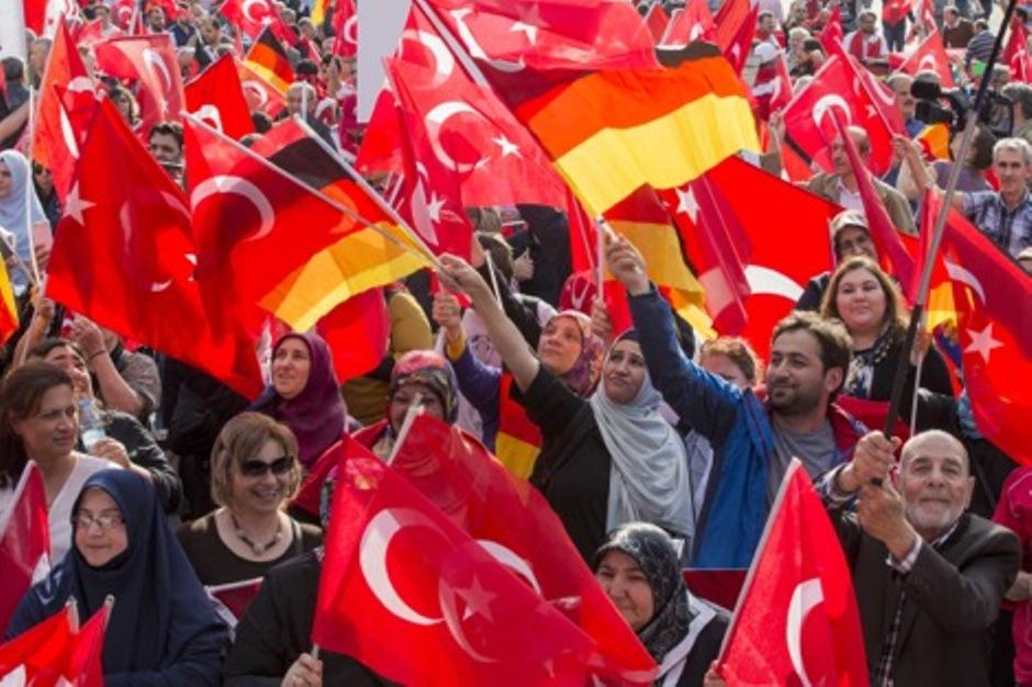 ألمانيا: الإعدام يبعد تركيا عن الاتحاد الأوروبي