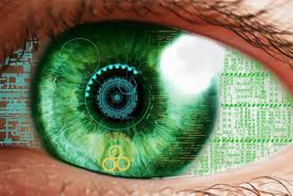 اختراع عين اصطناعية بتحكم إلكتروني!