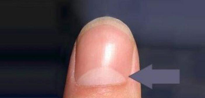اكتشف معنى هذا الهلال على أظافرك Nails