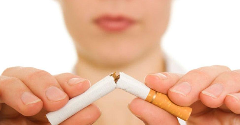 التدخين .. مضرة للفرد ومنفعة للمجتمع!