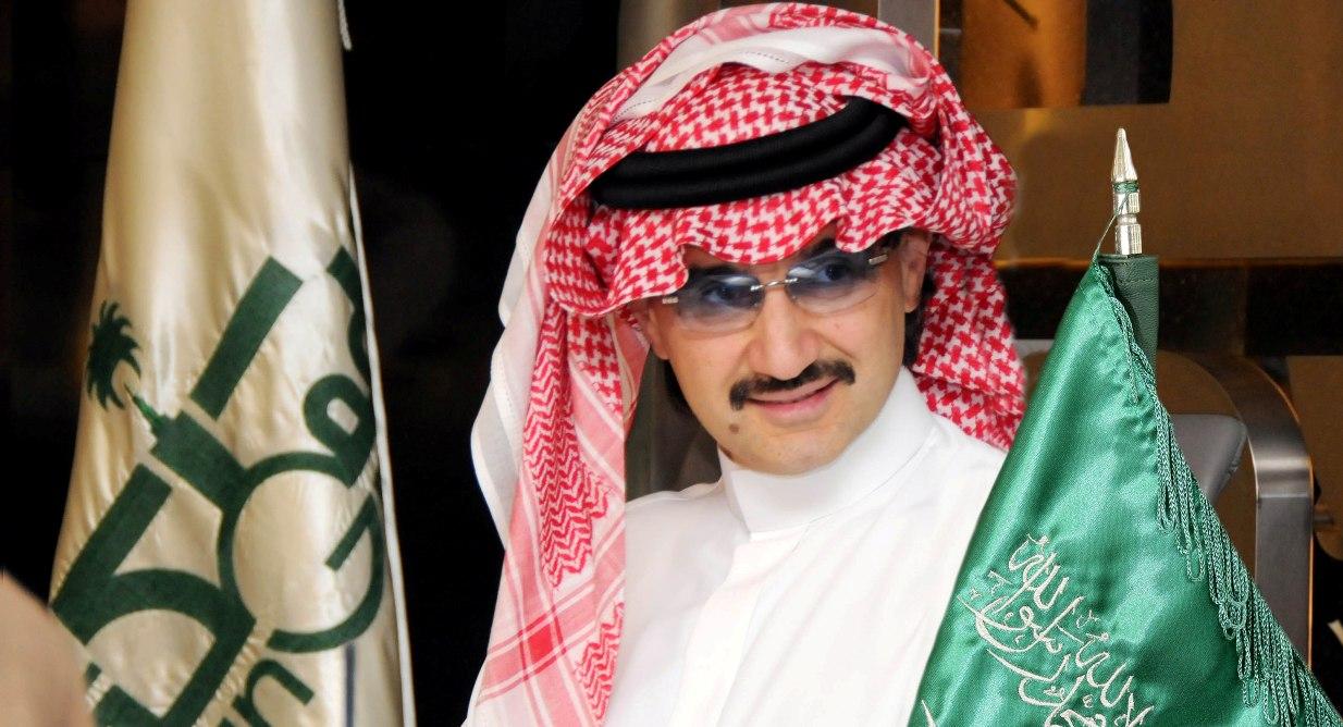 الوليد بن طلال يعلن تبرعه بـ عشرة آلاف سيارة و عشرة آلاف مسكن