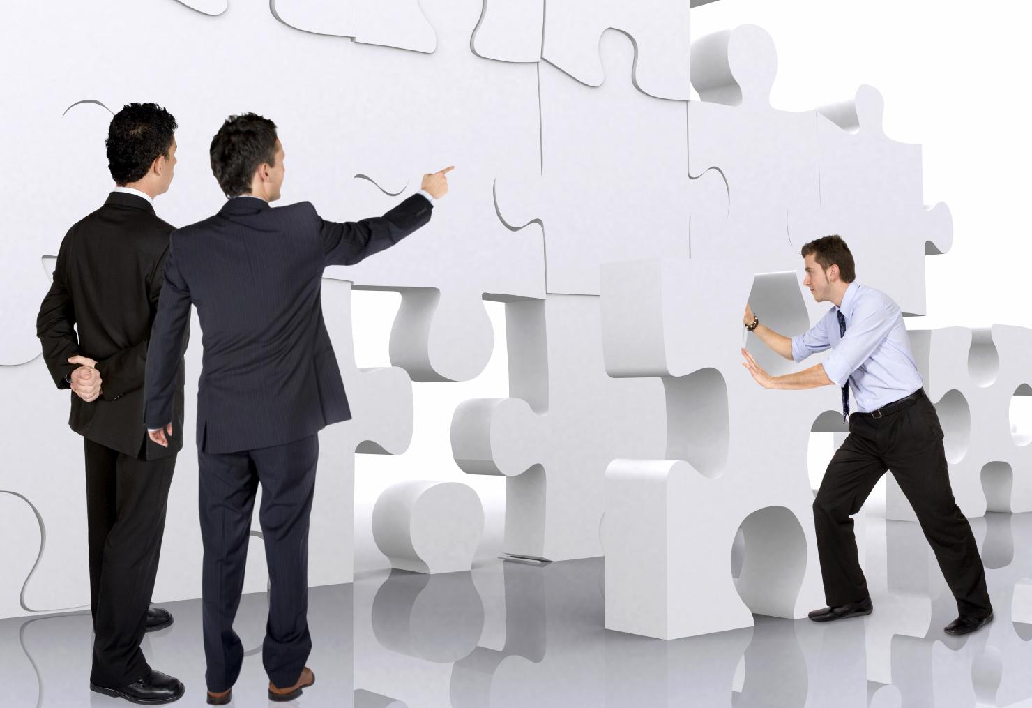 كيف يمكن أن تحوِّل هويتك إلى مسار مهني مربح؟