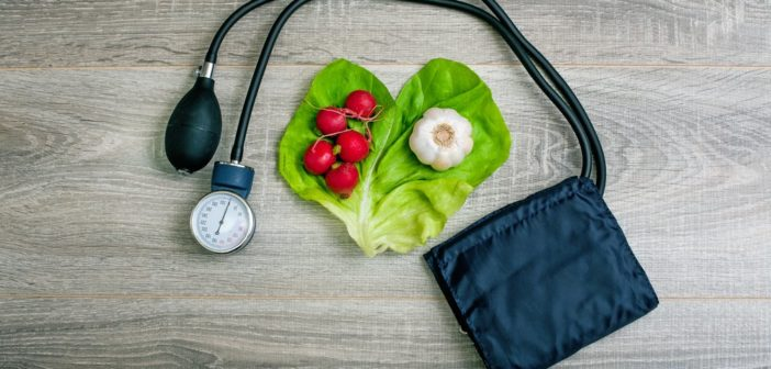 هكذا تخفض ضغط دمك بلا أدوية خلال أسبوعين!