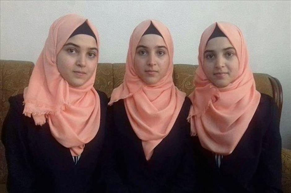 تعرف على ثلاثة توائم المتفوقات في البكالوريا بفلسطين! Palestine