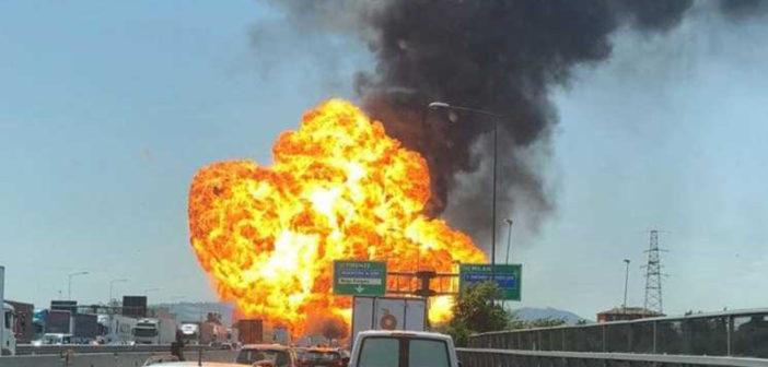 حادث سير مروّع يؤدي إلى مقتل شخصين وإصابة العشرات