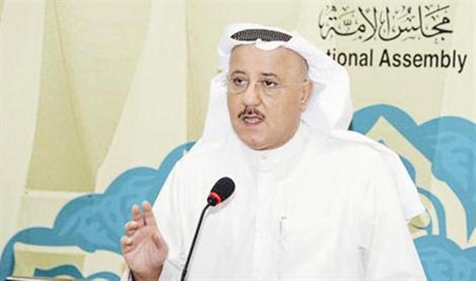 شاهد فيديو وفاة النائب نبيل الفضل داخل البرلمان الكويتي