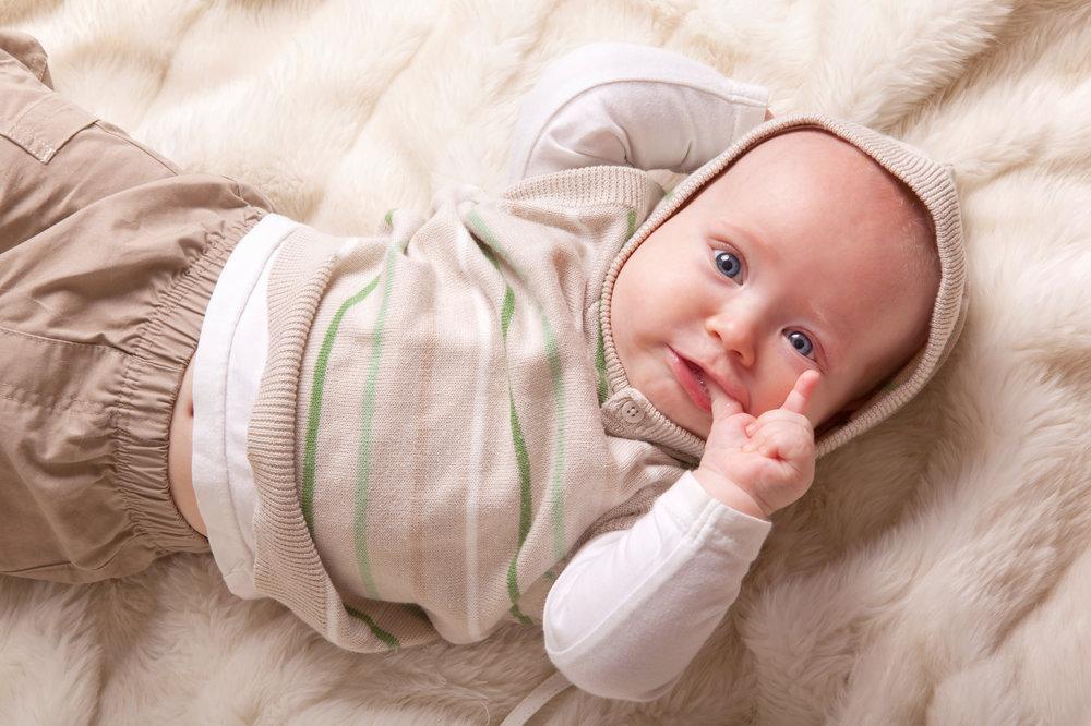 على ماذا يدل طول إصبع السبابة عند الأطفال؟