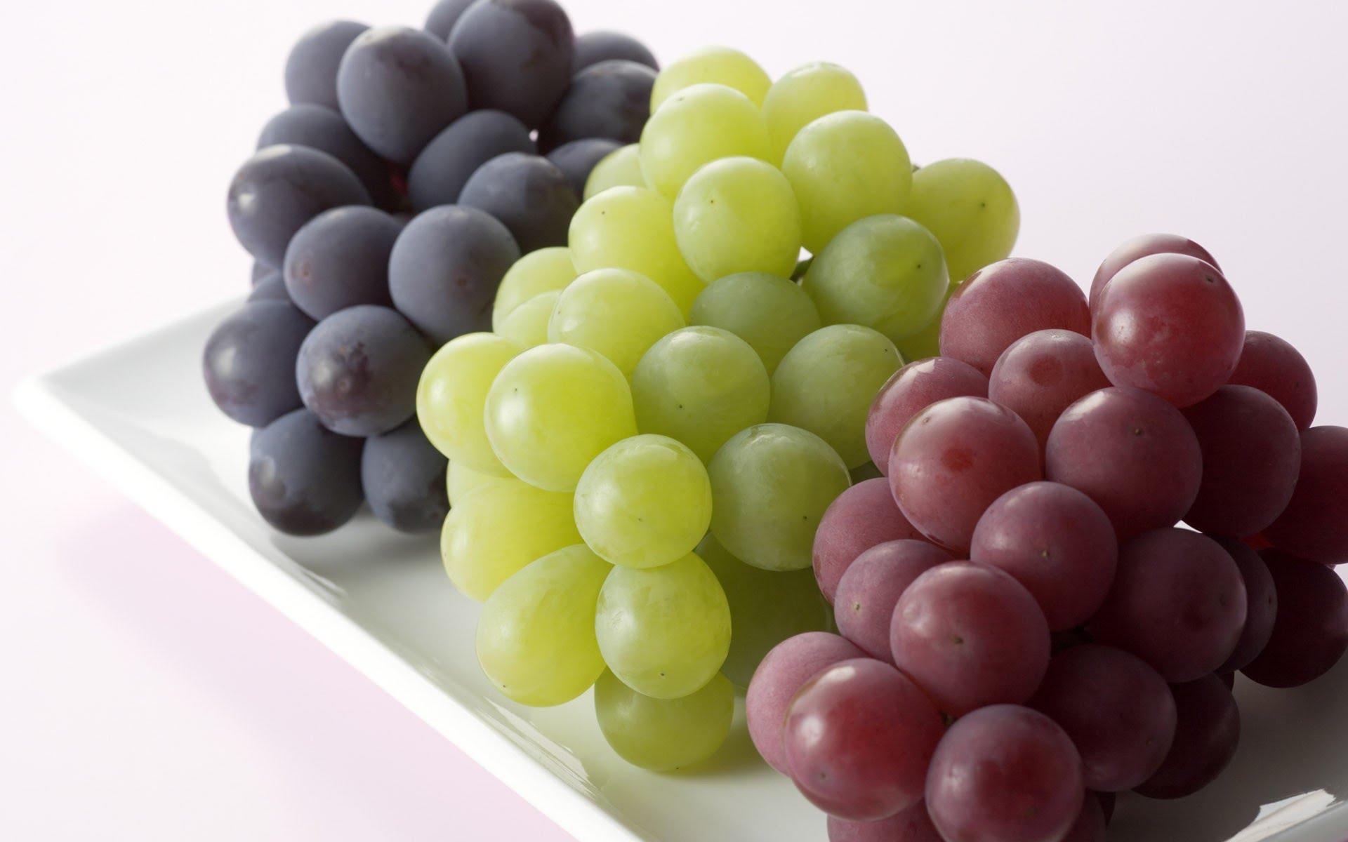 فاكهة العنب علاج لمرض العصر!