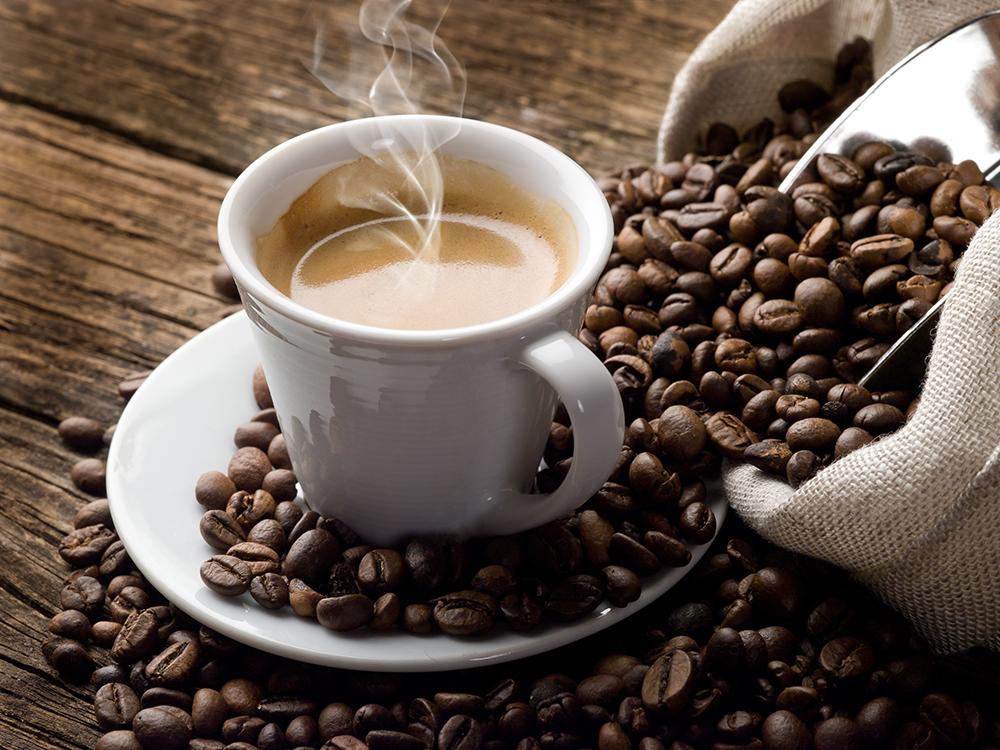 لعشاق القهوة اليكم 13 فائدة مذهلة عن المشروب!