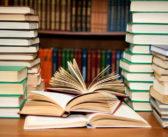 مجموعة كتب قيّمة عليك قرائتها قبل التقدم إلى مستثمر