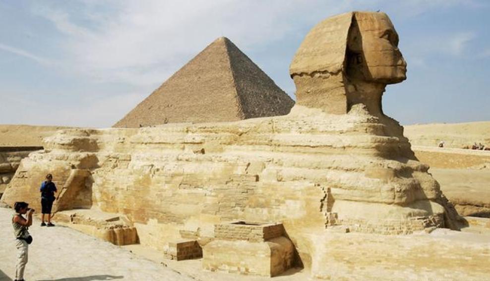 مصر: اكتشاف تمثال أبو الهول بوجه آدمي بالأقصر