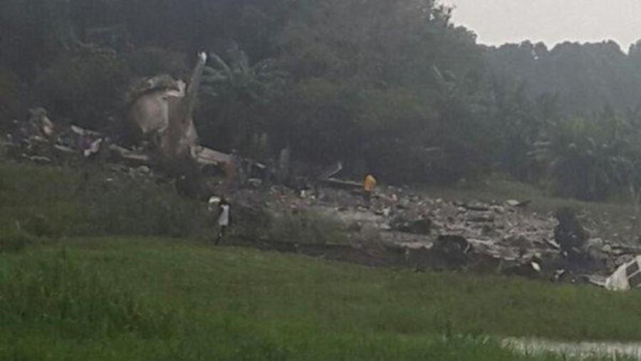 وفاة 40 شخصا بتحطم طائرة روسية الصنع بالسودان