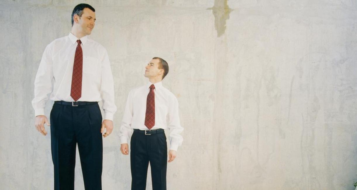 نساء لاتفيا ورجال هولندا الأطول عالميا.. فمن الأقصر؟ Tall