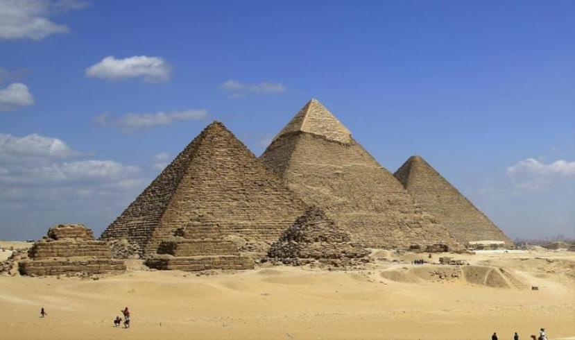 هذا هو فك لغز بناء الأهرامات المصرية بالدليل