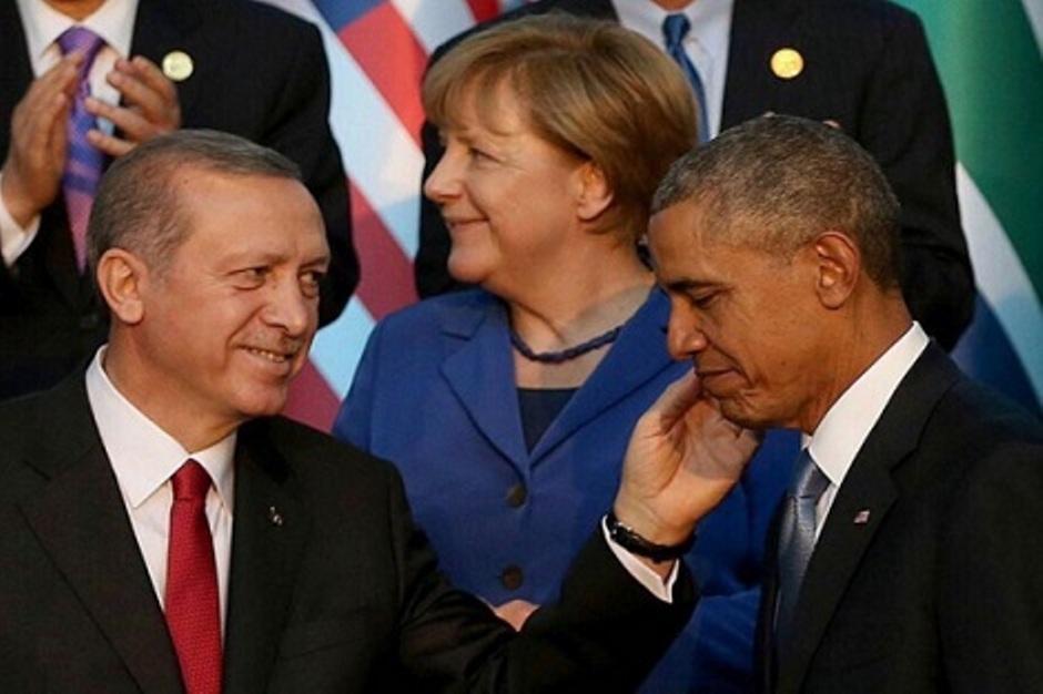 هذه حقيقة صورة أردوغان مع أوباما