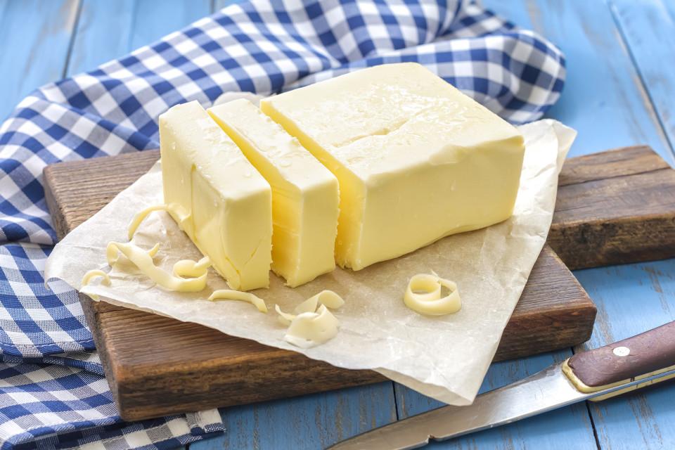 هل فعلا تفيد الزبدة في حروق الجلد؟