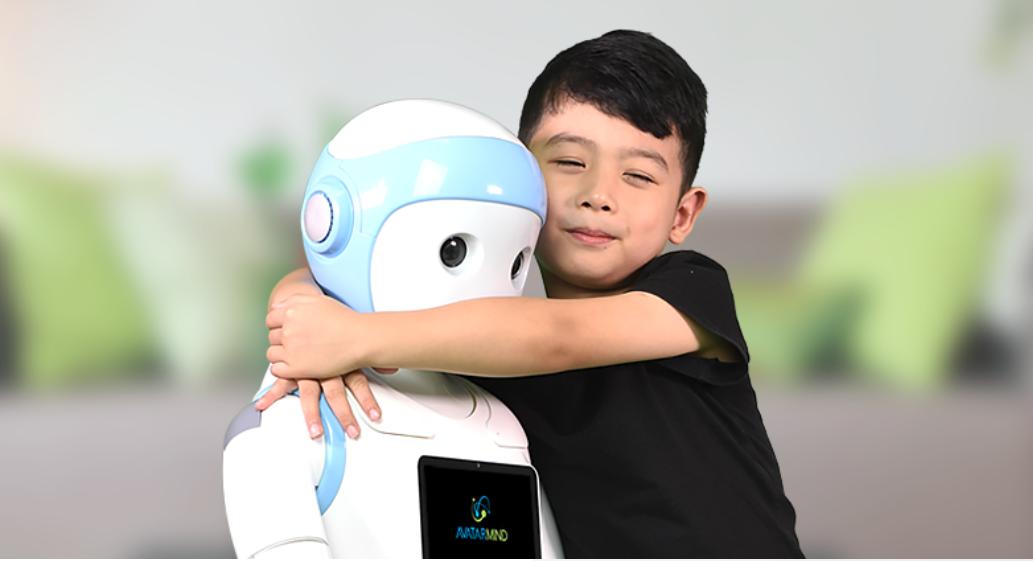 هل يكون روبوت صيني بديلا عن الأهل والمدرسين؟