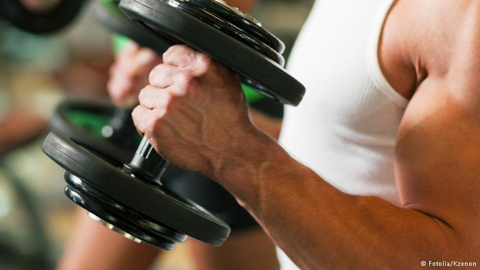 10 أطعمة رائعة تساعد في بناء عضلات قوية