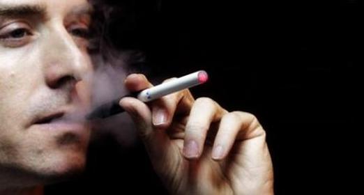 انتبه فالتدخين يمنع النوم المريح