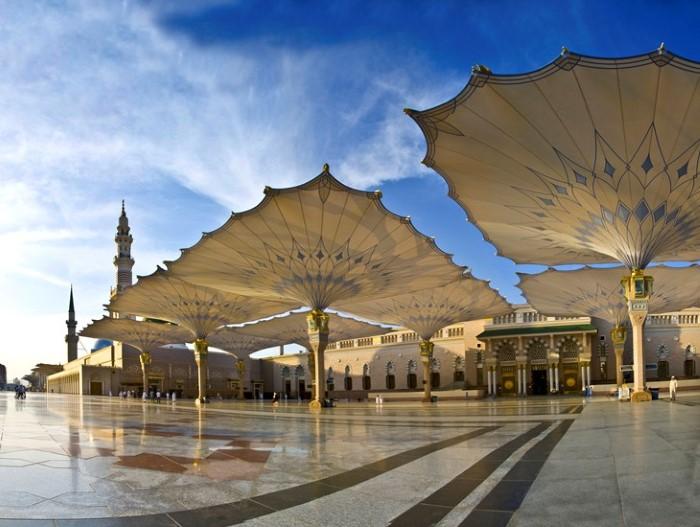 2-مظلات-المسجد-النبوية-في-المدينة-المنورة