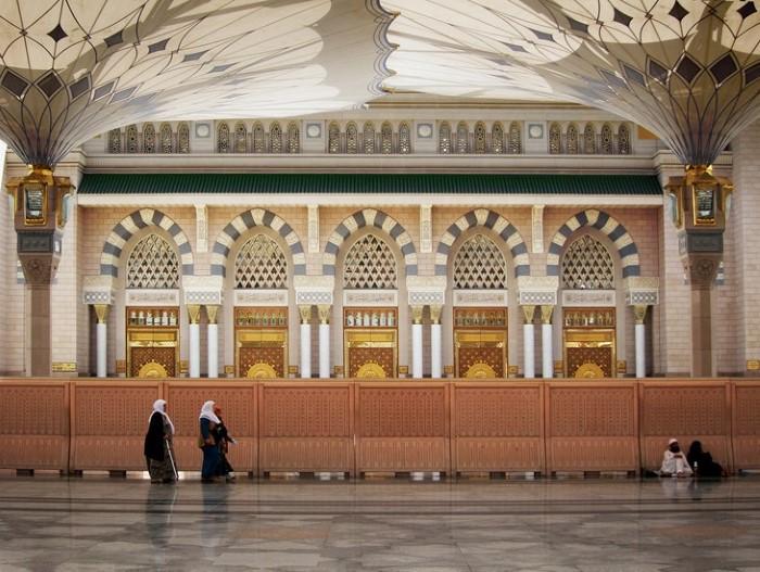 3-مظلات-المسجد-النبوية-في-المدينة-المنورة