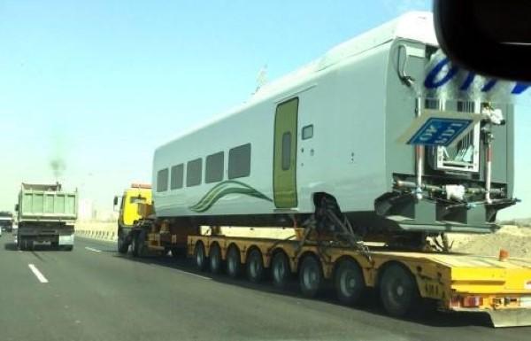 5-نقل-عربات-قطار-الحرمين-من-جدة-إلى-المدينة