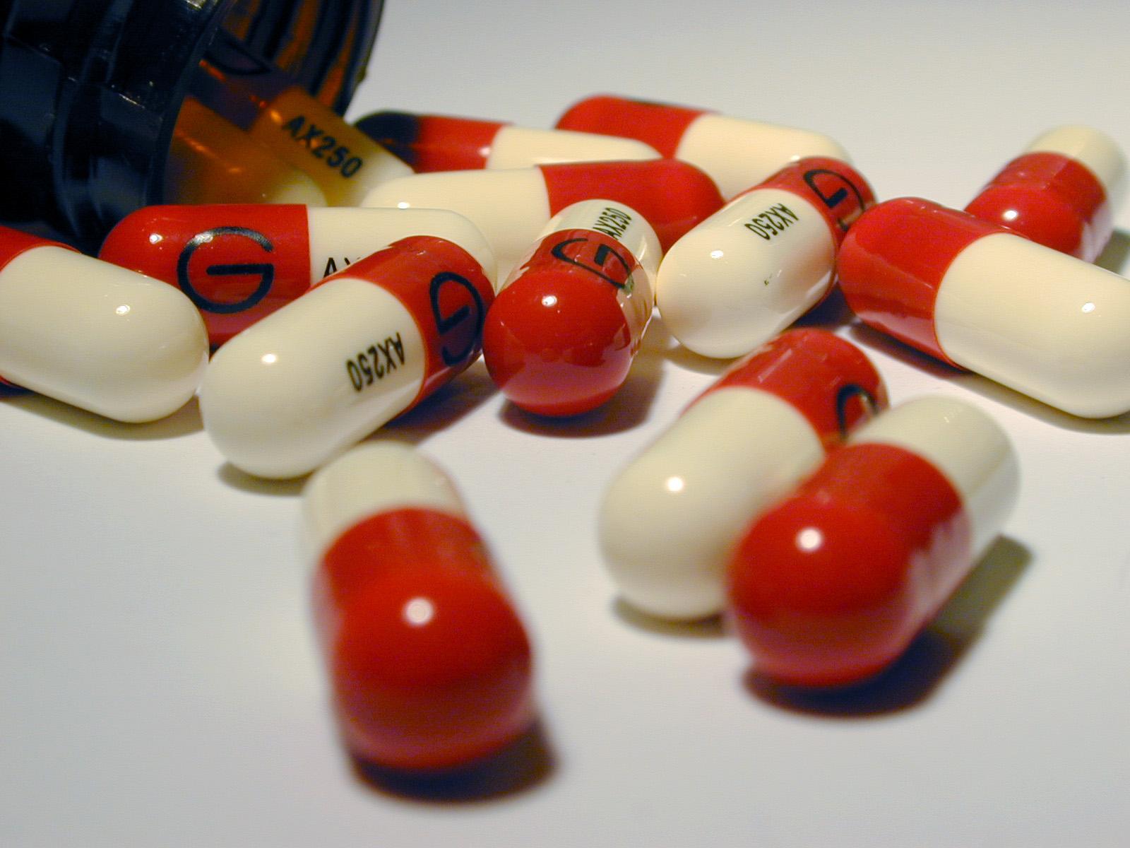 حكم تناول الأدوية المغلفة بالجيلاتين